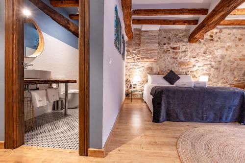 Habitación Triple Confort El Palauet del Priorat 1