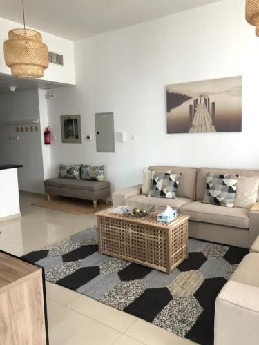 Espace Holiday Homes - Elite 9 - Dubai Sports City - image 6