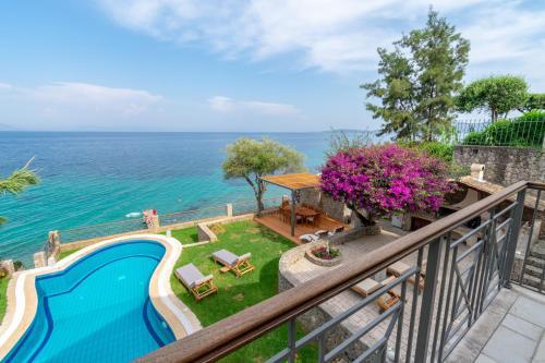 Villa Benele , Corfu