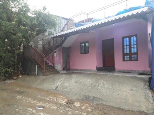 . Munnar Brindavan Cottage