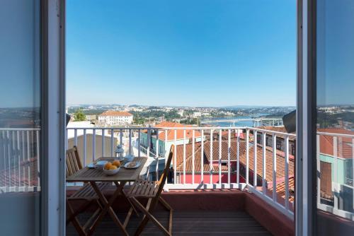 LovelyStay - Douro View Flat, 4300-214 Porto