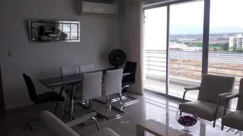 . Neiva Moderno y Cómodo Apartamento Amaranto Club House