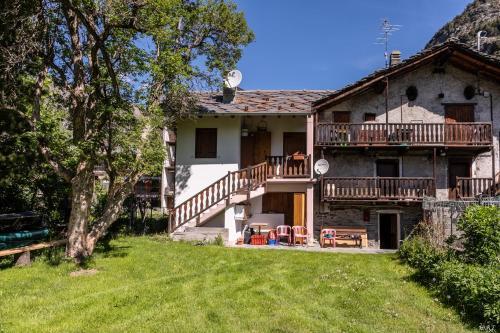Casa Vollon - Apartment - Brusson