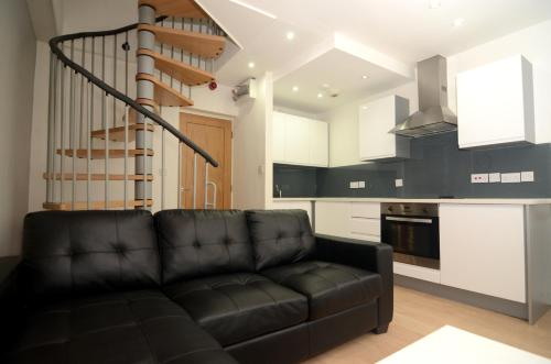 Cosy Modern New York Loft Style City Centre Apartment W Grade 2 Listed Building