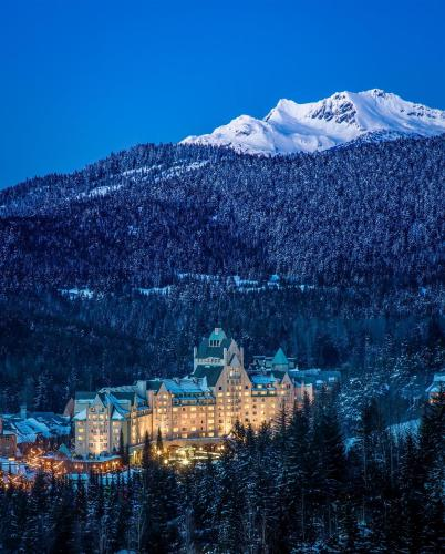 Fairmont Chateau Whistler Hotel - Accommodation - Whistler Blackcomb