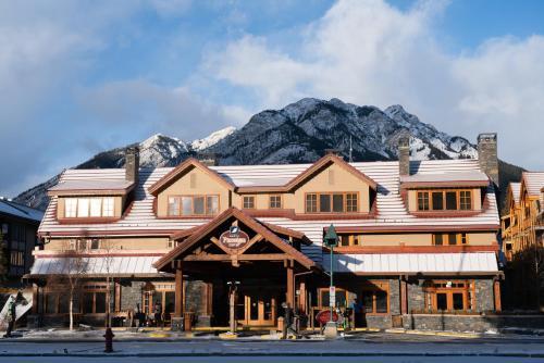 Banff Ptarmigan Inn - Photo 8 of 54