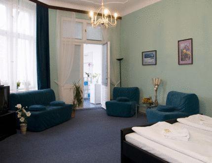 Hotel-Pension Rheingold am Kurfürstendamm photo 32