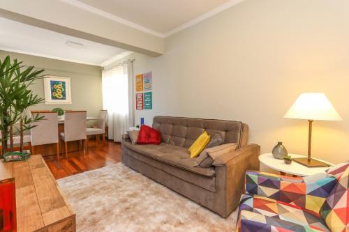 . Lindo Apartamento - Vista Parque Barigui - MLN001