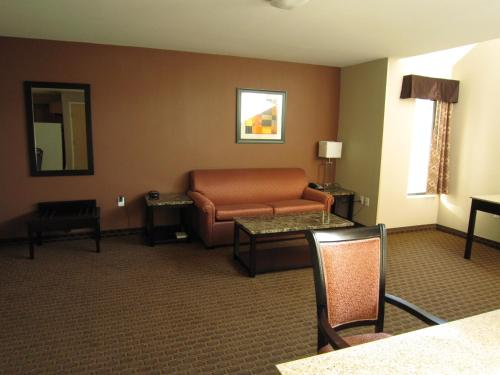 Red Carpet Inn And Suites Monmouth Junction - Monmouth Junction, NJ 08852