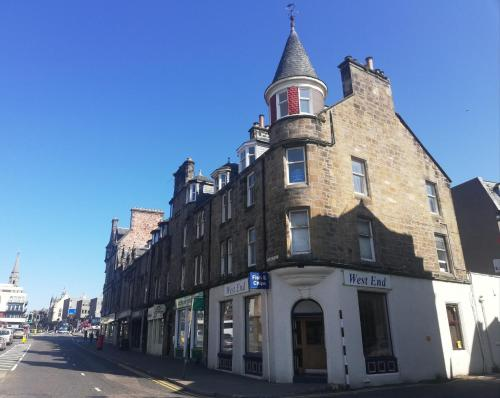Highland Historical Home In Inverness City Centre