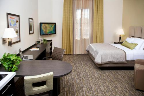 Candlewood Suites North Little Rock - North Little Rock, AR 72117