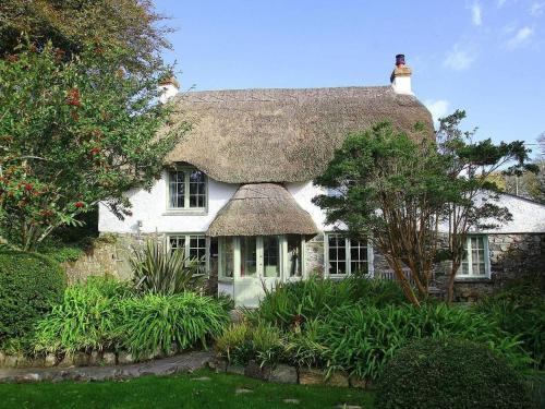 Thatch Cottage, Coverack, St Keverne, Cornwall