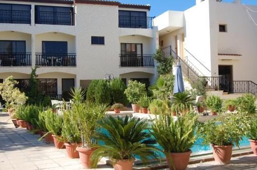 . Nicos & Olympia Apartments