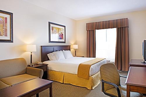 Holiday Inn Express Hotel & Suites - Slave Lake - Slave Lake, AB T0P 2G0