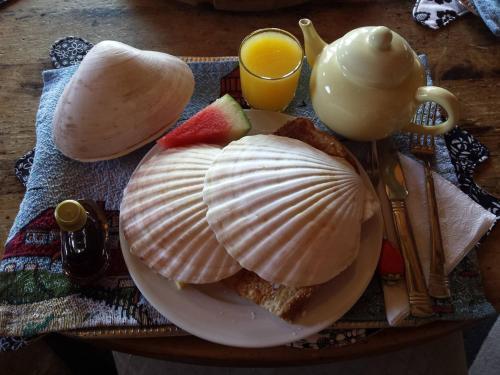 Seawatch Bed & Breakfast - Photo 3 of 85