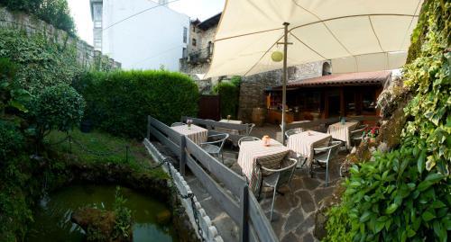 Large Single Room Hotel Palacio Obispo 2