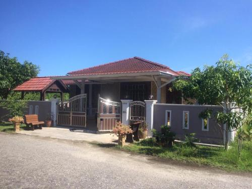 Homestay Acu, taman ehsan (sebelah kampung che bema), Kuala Muda