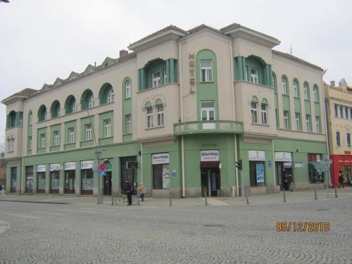 . Zgrada Hotela Zeleni Venac