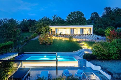 Villa Anna, Luxury and private pool - Accommodation - Alba