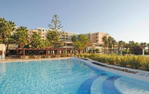 Pestana Viking Beach & Spa Resort - Photo 4 of 46