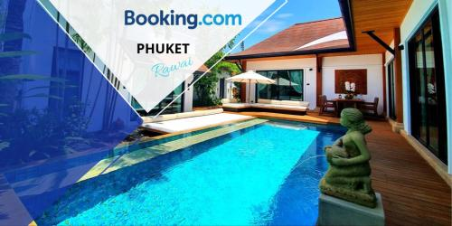 ~3BR~《VILLA PHUKET》with 《POOL》-walk to the 《BEACH》 ~3BR~《VILLA PHUKET》with 《POOL》-walk to the 《BEACH》