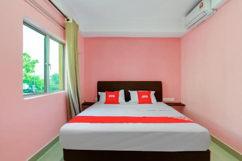 . OYO 89387 Sun Keerana Hotel