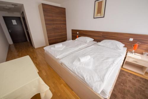 HOTEL CENTRAL, Bjelovar