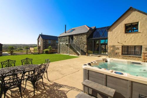 Carleon Lodge, Mullion, Cornwall