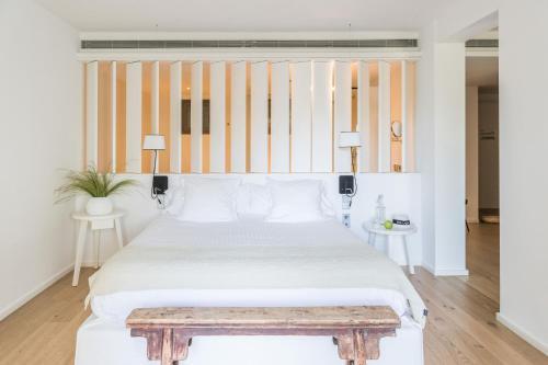 Suite Hotel Mas Lazuli 1