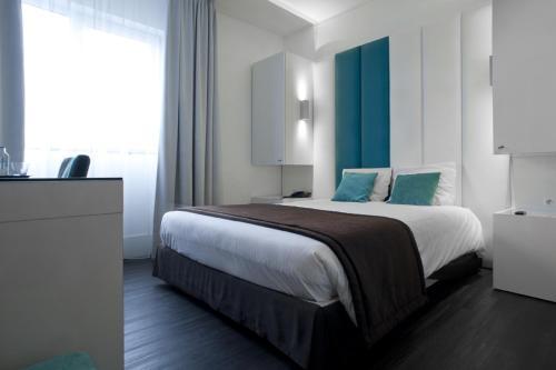 . Hotel Ecu