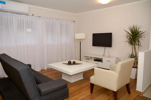 . Petit Apart Villa Regina