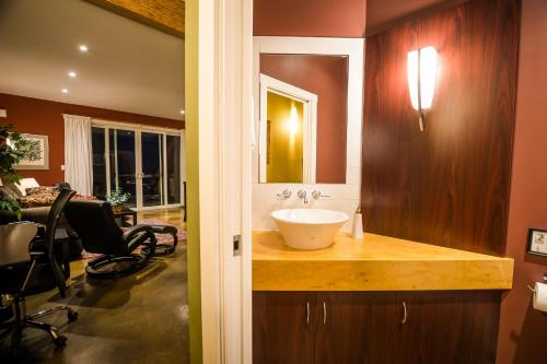 Crooked Tree Guest Suites - Photo 3 of 52