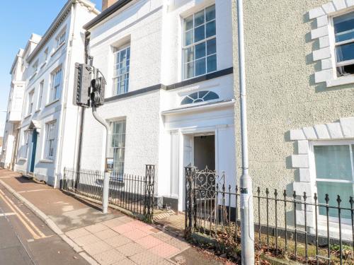 7 Monk Street, Monmouth