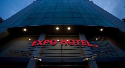 . Expo Hotel
