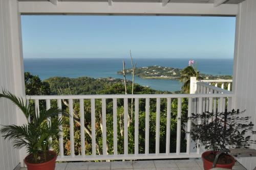 . Morne Seaview Apartment 2