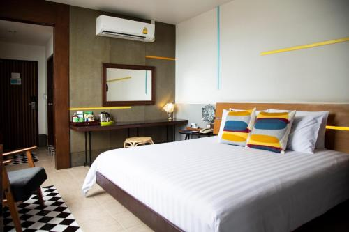Standard Twin or Double Rooom with Sea View