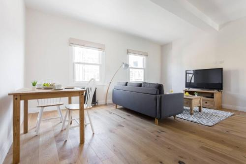 Stunning 2 Bedroom Flat In The Heart Of Camberwell