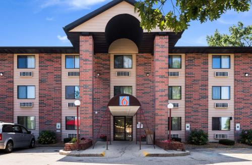 Motel 6-Prospect Heights IL