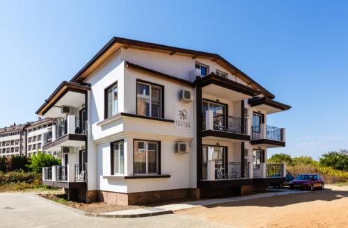 Guest House Theona