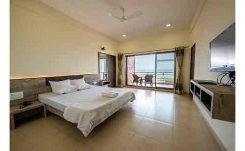 . Sea Conch Beach Resort