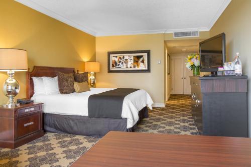 Omni Houston Hotel - image 7