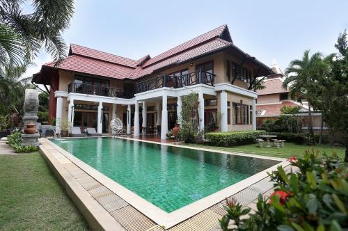 Rakpattaya pool villa 락파타야 풀빌라 Rakpattaya pool villa 락파타야 풀빌라