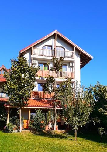 . Семеен хотел Къща Тодорови
