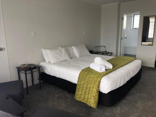 Ambassador Motor Inn - Accommodation - Tauranga