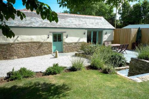 Polhendra Barn, Portscatho, Cornwall