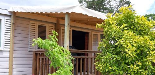 Mobil Home dans camping Lattes - Hotel - Celleneuve