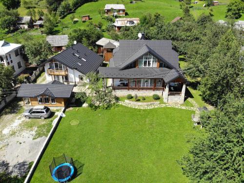 Cottage Familiya