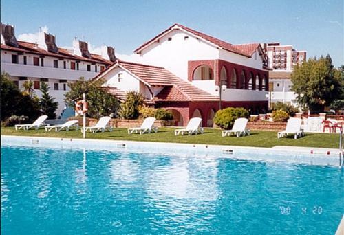 . Hotel Morales