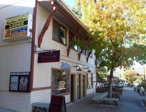 Big Bear Village Lodge