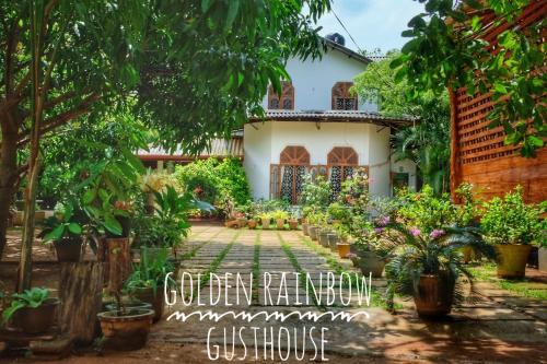 . Golden Rainbow Guest House